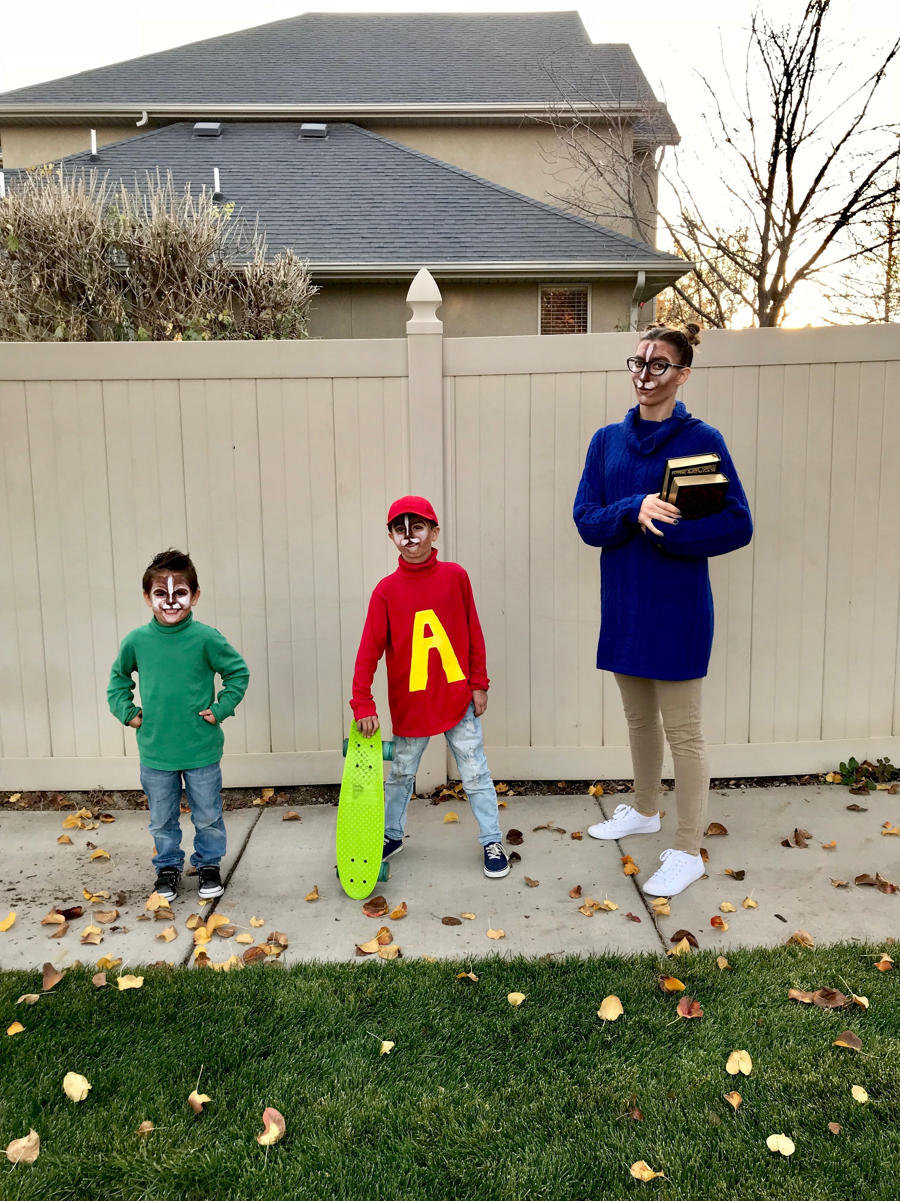 Alvin And The Chipmunks Family Halloween Costume Disney Halloween Costumes Family Halloween Costumes Family Halloween