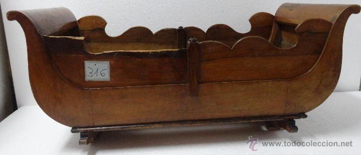 Cuna balancín en madera de nogal xix- 316 | Pinterest | Madera de ...