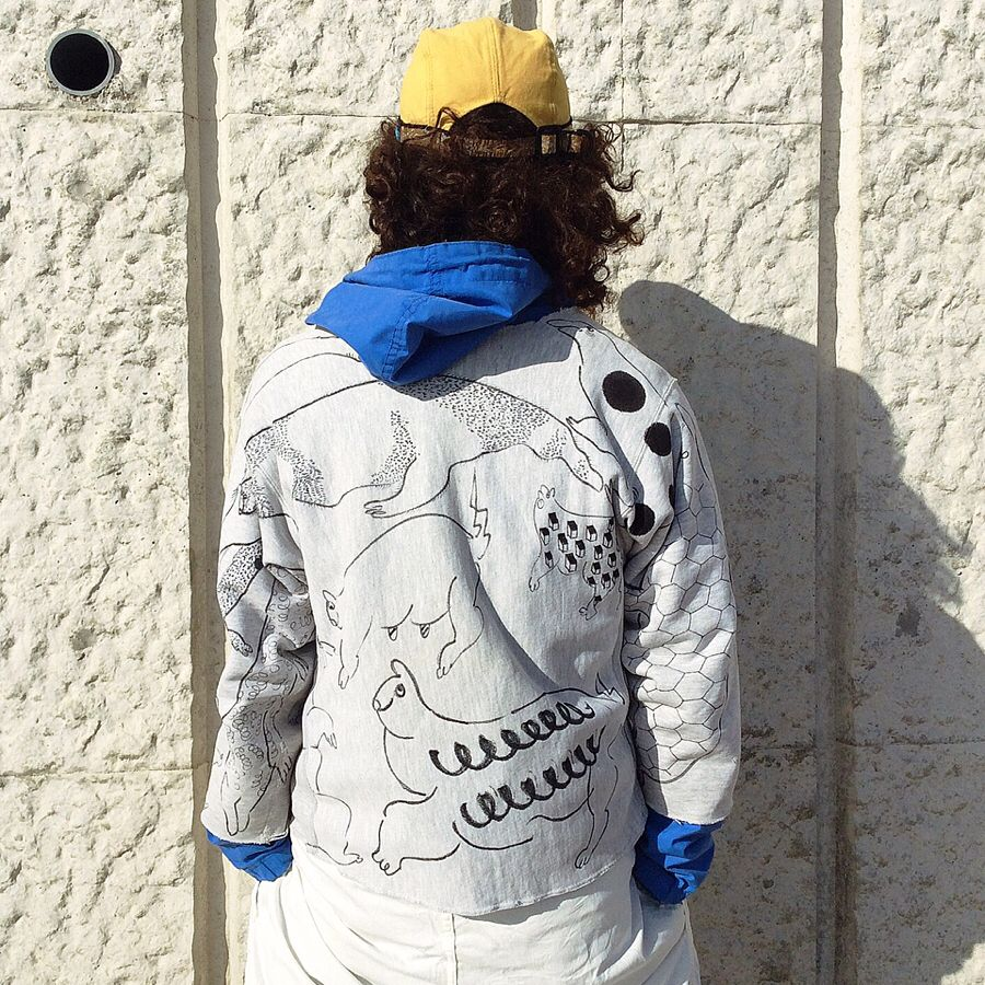 【on champion】 OMA overdrawing sweatshirt 62 〈satisfaction〉mutation length,undead, 神話時代の動物たち|animals of the mythical period Gray L #softs#_OMA#overdrawing#champion#sweatshirt