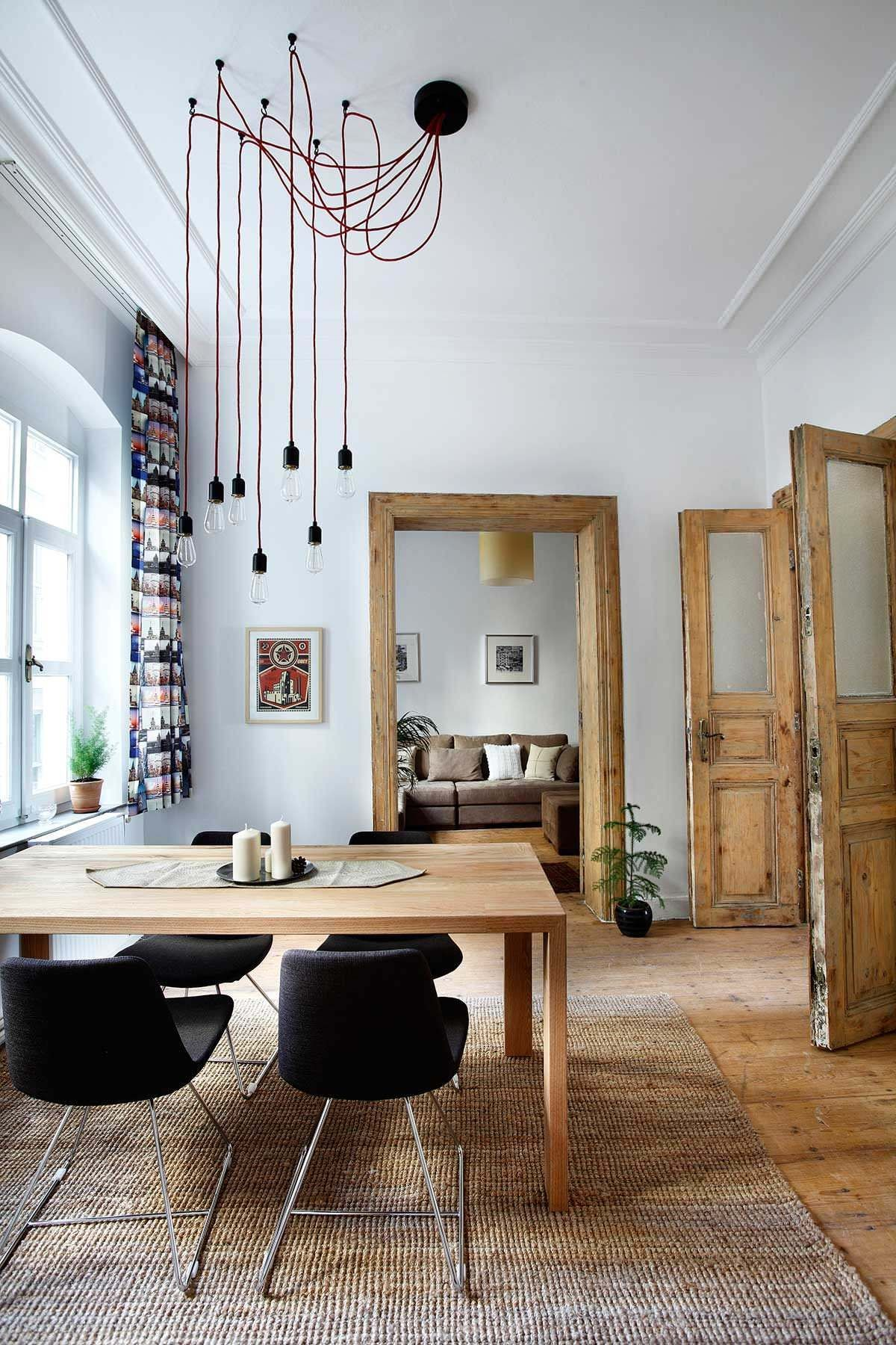 Rustic Dining Room Decor Ideas To Warm Up Your Dining Experience