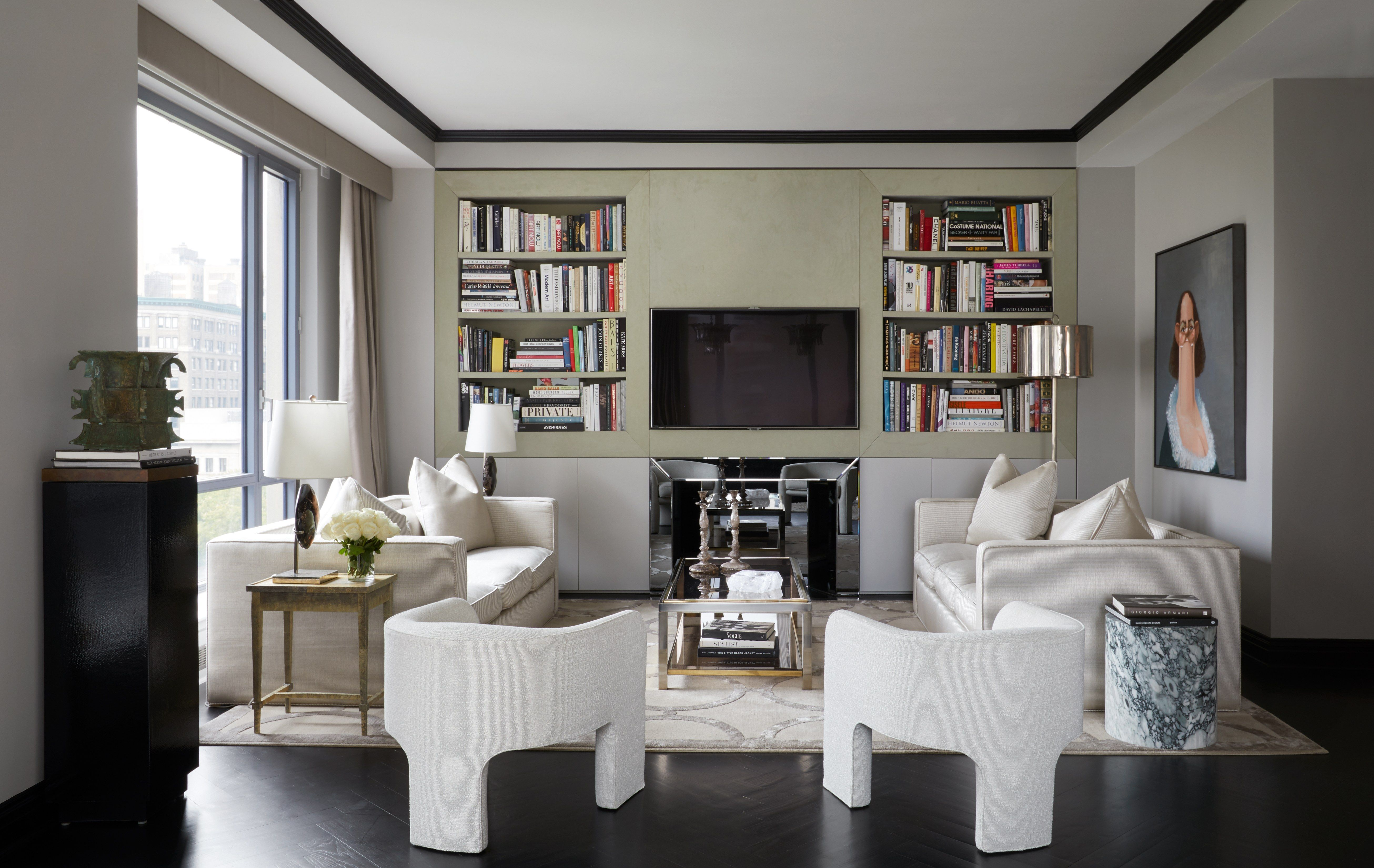 Ryan Korban Infuses A Classic Manhattan Apartment With Warm Minimalism Home Decor Styles Luxury Home Decor Contemporary Interior Design