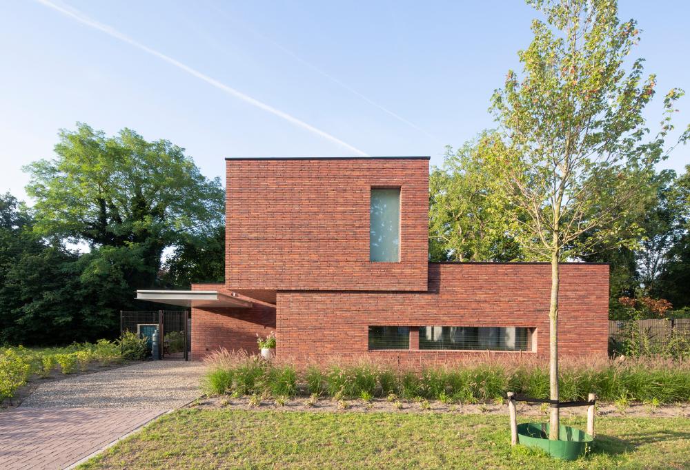 Gallery Of A Brickwork Orange Modern Brick House Brickwork