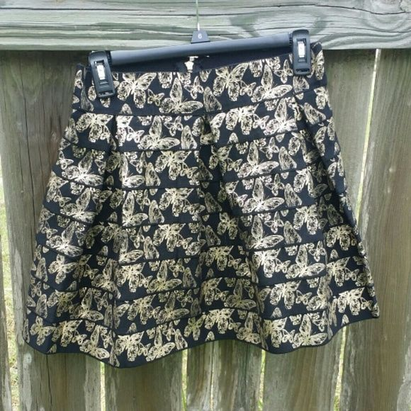 768137b0397ecd Gold and Black Agaci bubble skirt This bubble skirt I bought and just never  wore. Bought it at Agavi for 28.50, size large but is stretchy and is  probably a ...