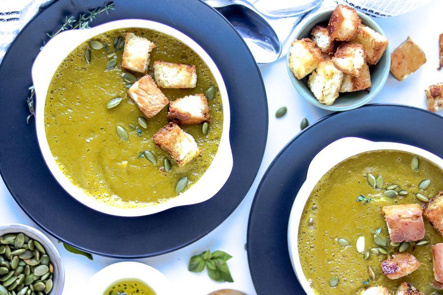 Easy Butternut Squash Soup Recipe #butternutsquashsoup