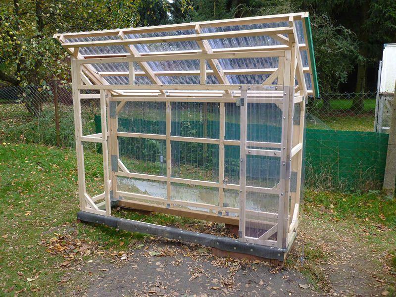 Bau Eines Stabilen Tomatenhauses Aus Gehobelten Latten Bauanleitung Zum Selberbauen 1 2 Do Com De Tomaten Haus Tomatenhaus Selber Bauen Foliengewachshaus