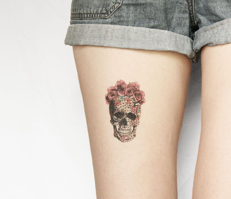 Geometrics Sugar Skull With Rose Floral Crown By Pepperink On Etsy 5 00 Tatuajes De Calaveras Mexicanas Calaveras Tatuajes Tatuaje Temporal