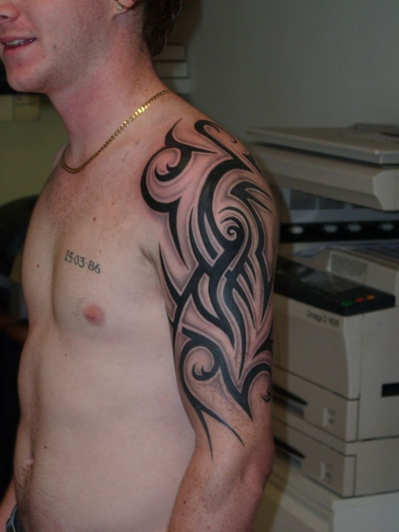 Half Sleeve Tattoos For Men Tribal | Full and half sleeve ...