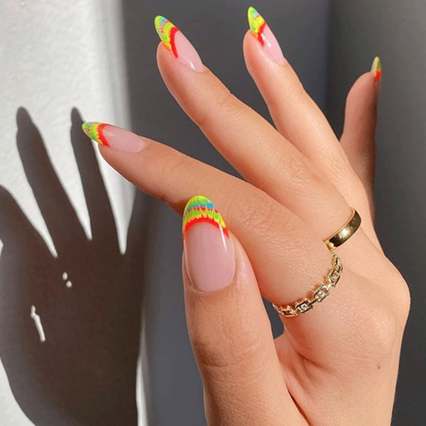 10 Tie Dye Nail Art Designs To Match Those Quarantine Sweatsuits – Behindthechair.com