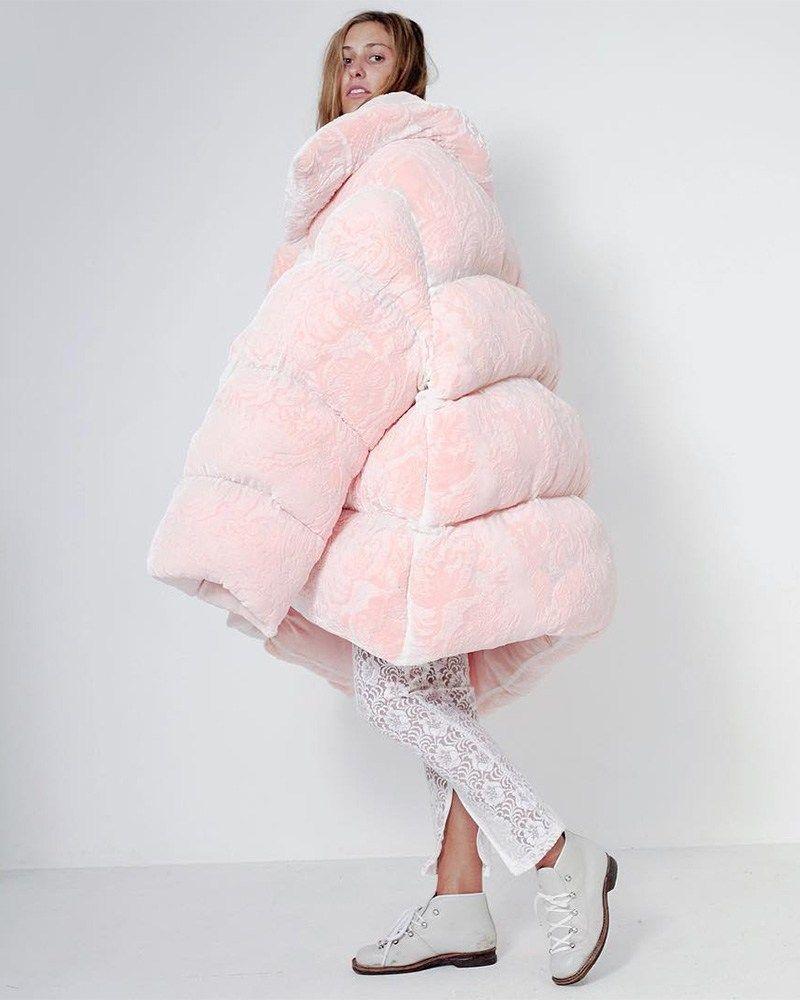 Rihanna Wears Ella Boucht Fenty X Puma In Paris Haus Of Rihanna Pink Puffer Coat Oversized Puffer Coat Puffy Coat [ 1000 x 800 Pixel ]