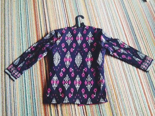 Ready stock: black mamba / only 3 pcs / IDR 170.000 / fabric: tenun (handwooven) full puring / panjang baju 61cm lebar baju : 48/48 cm lingkar ketiak : 47 cm panjang lengan: 51 cm