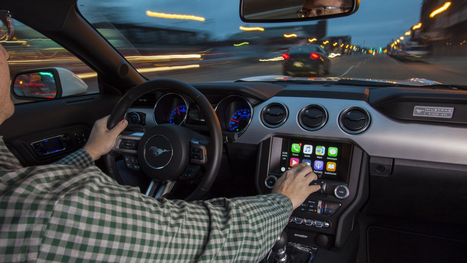 Ford Is Finally Adding Carplay And Android Auto To Its Cars