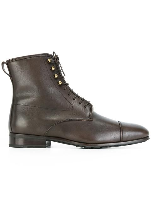 SALVATORE FERRAGAMO lace-up boots. #salvatoreferragamo #shoes #flats