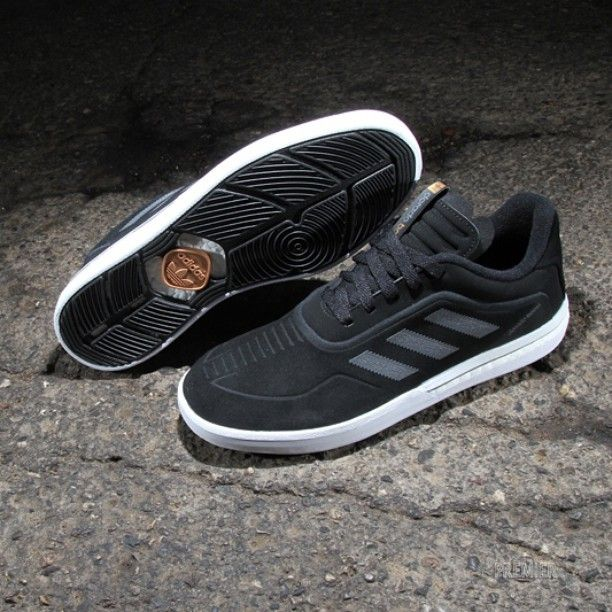 quality design af2bb ed08a adidas Skateboarding Dorado ADV Boost