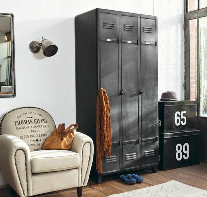 1001 id es pour relooker une armoire ancienne fauteil. Black Bedroom Furniture Sets. Home Design Ideas
