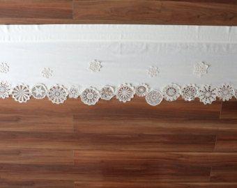 dieser kurze vorhang ist die einmalige dekoration der vorhang besteht aus baumwollgewebe mit. Black Bedroom Furniture Sets. Home Design Ideas
