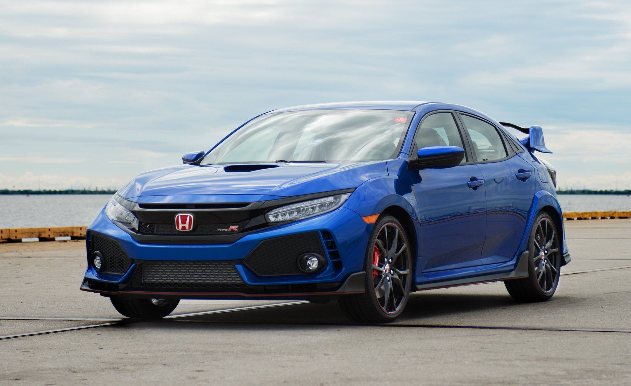 Car And Driver On Twitter Honda Civic Type R Honda Civic Honda Civic Vtec