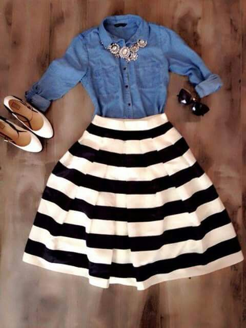 I love the denim and stripes together. The flair of the skirt is different, I would try something like this. #fullskirtoutfit