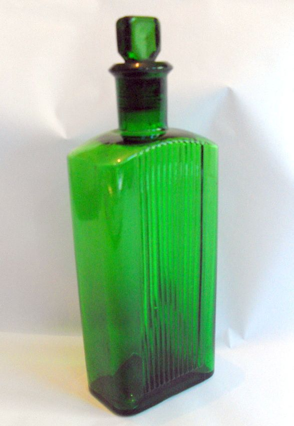 200d0d578075 B7288 £SOLD (Dec 2012). Large rectangular green glass medicine ...