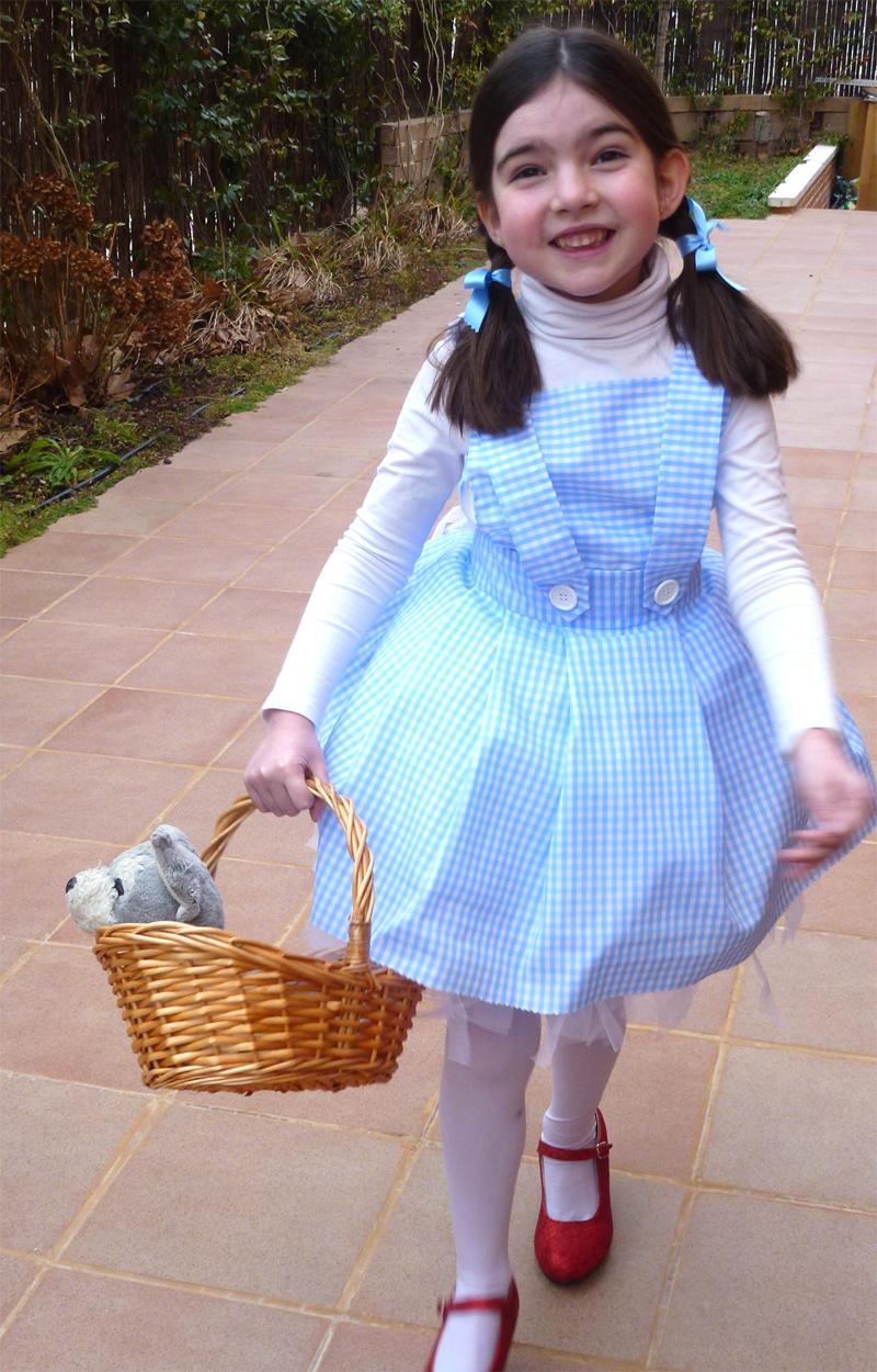 Cómo hacer un disfraz de Dorothy de El Mago de Oz/ Dorothy Wizard ...
