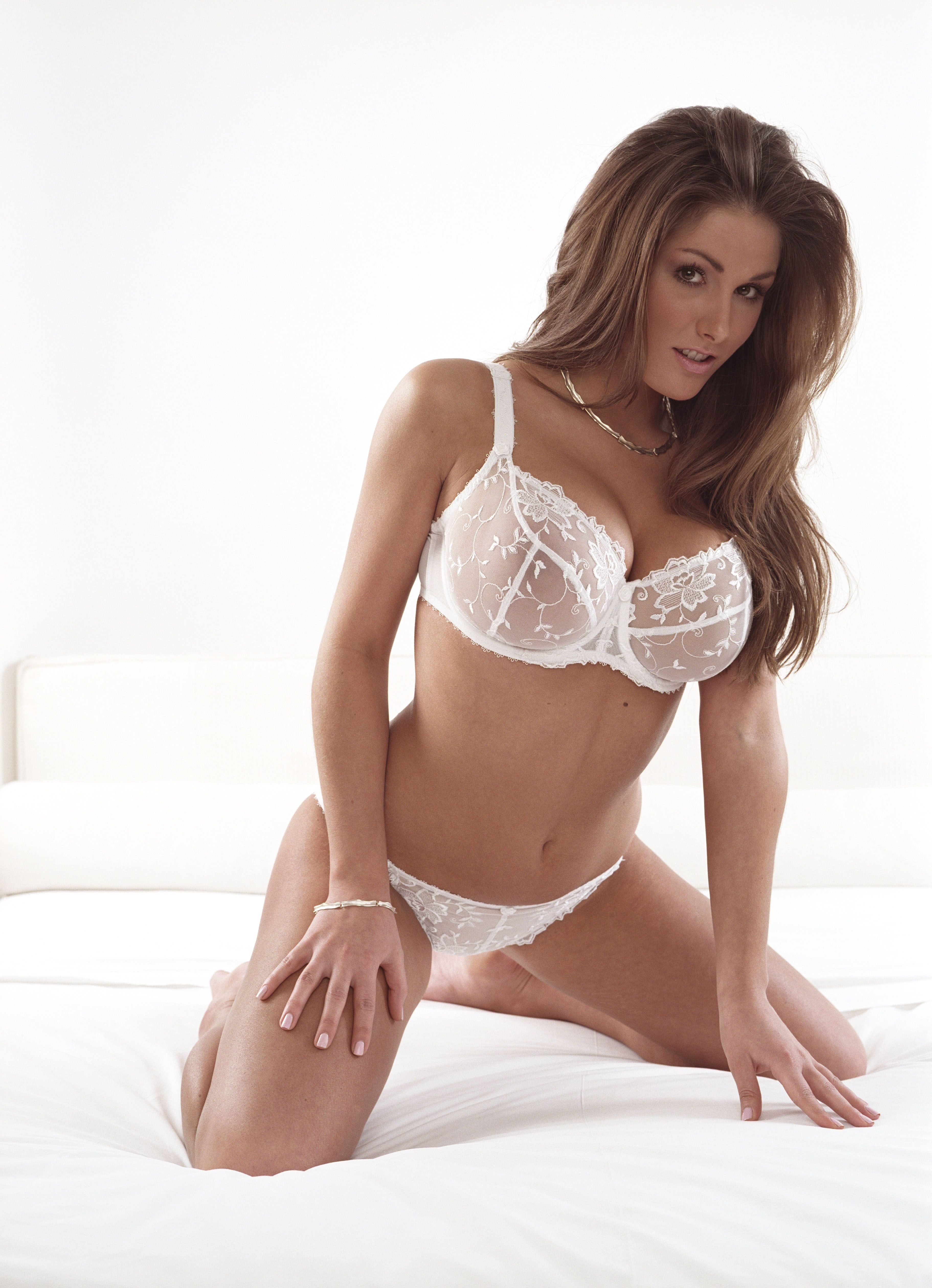 best lucy pinder images on pinterest beautiful women curves 1