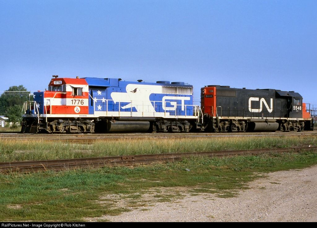 Gtw 1776 Grand Trunk Western Emd Gp38 At Battle Creek Michigan By Rob Kitchen Train Pictures Railroad Photos Canadian National Railway