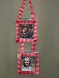 photo frame from recycled cd cases