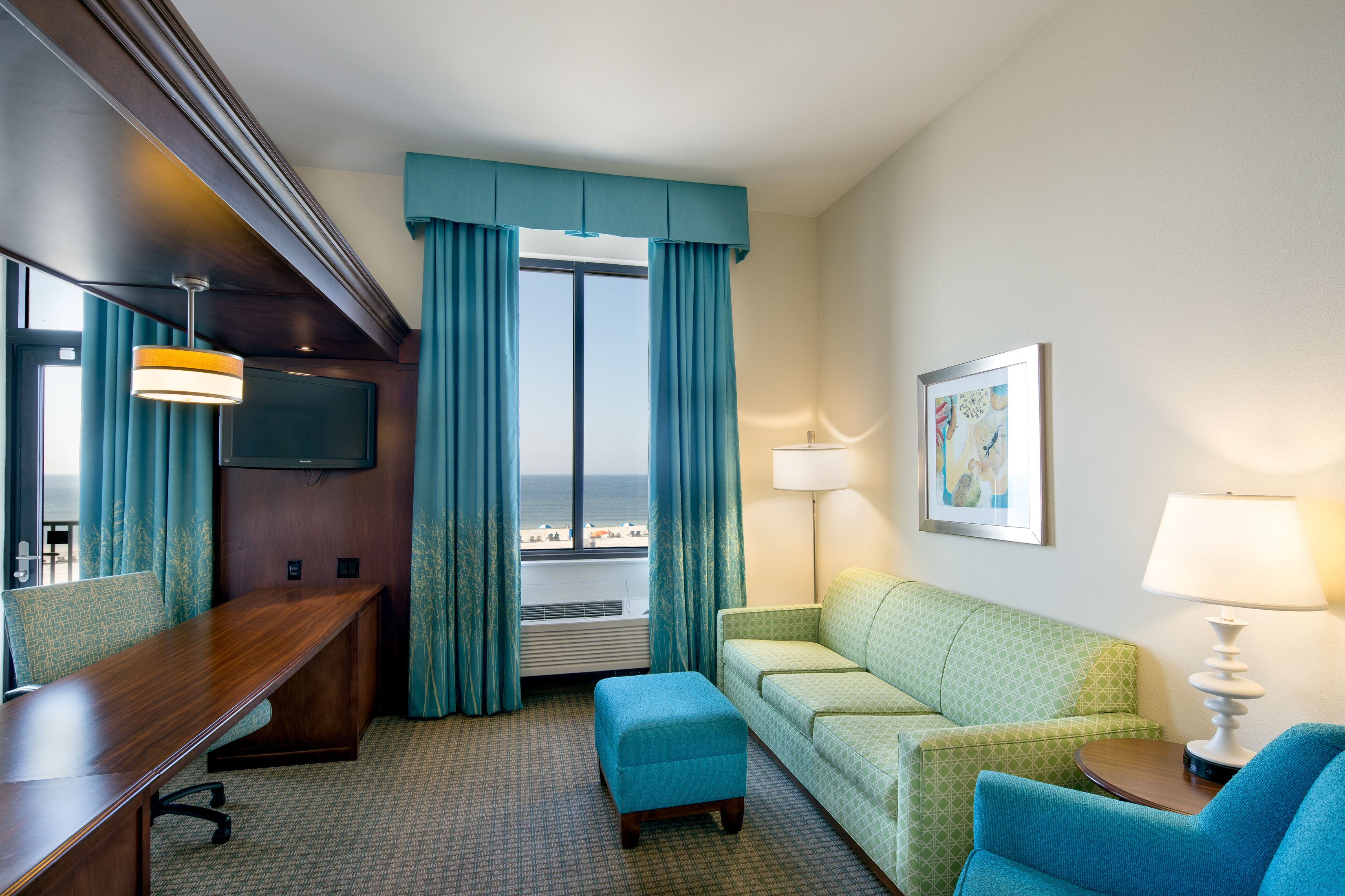 Hampton Inn Suites Beachfront Hotel Located In Orange Beach Gulf Ss Alabama