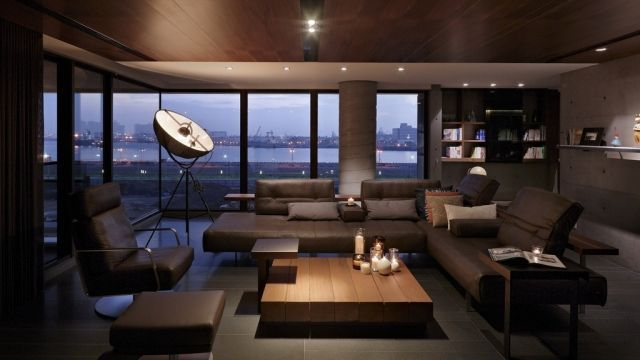 design wohnzimmer farben dunkel mbel leder sessel panoramablick - Designwohnzimmer