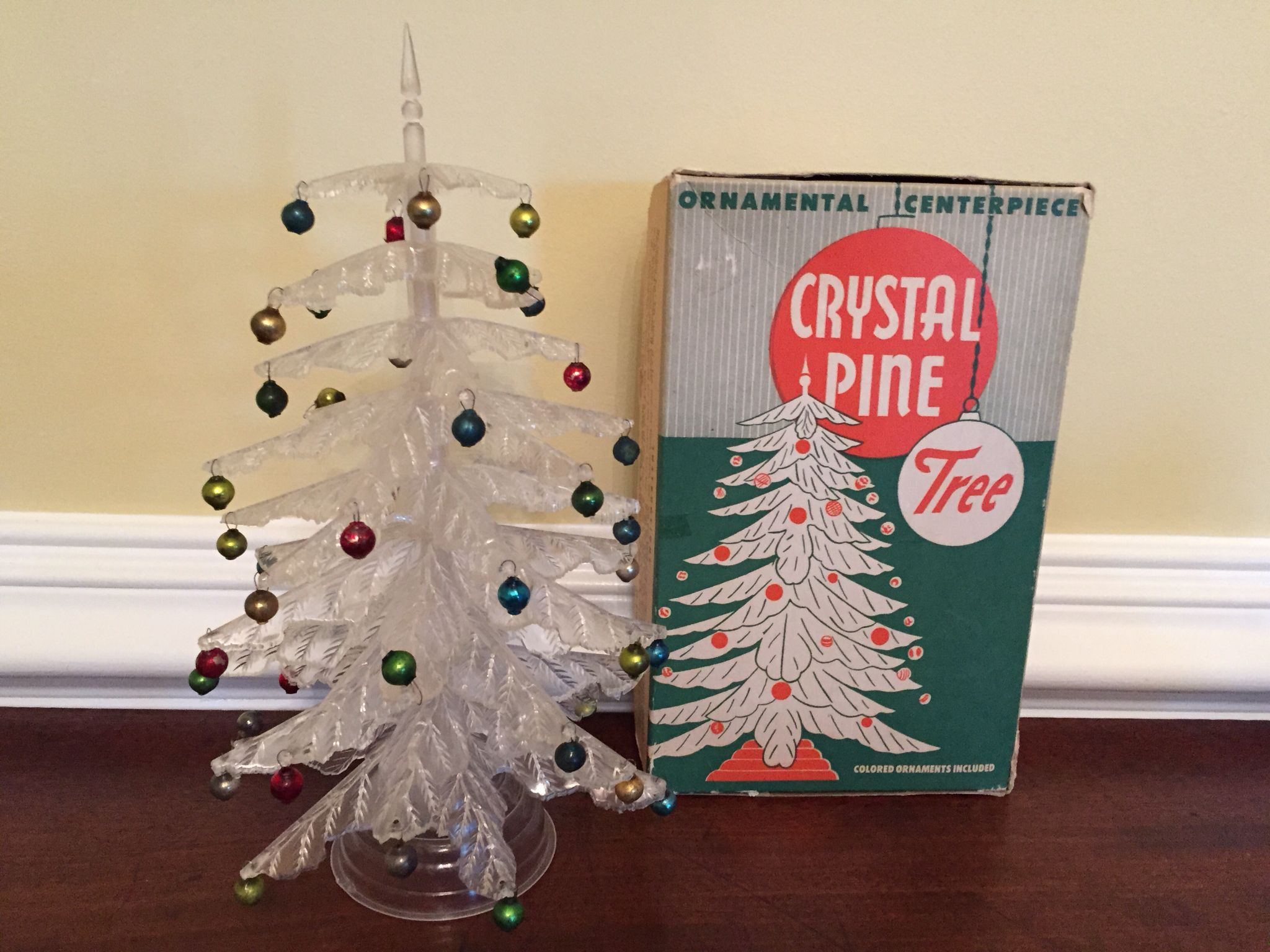 Vintage Crystal Pine Tree Made In America By Peerless Mfg Dist Inc I Bought This On Ebay In 2008 Christmas Past Vintage Crystal All Things Christmas