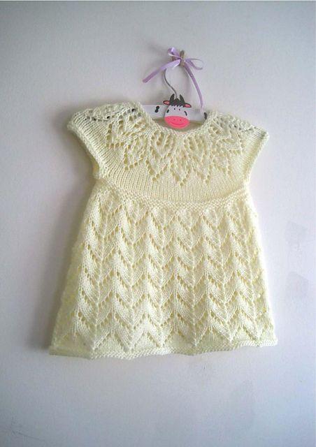 Polly Dress pattern by Suzie Sparkles   Bebe, Dos agujas y Ropa de bebés