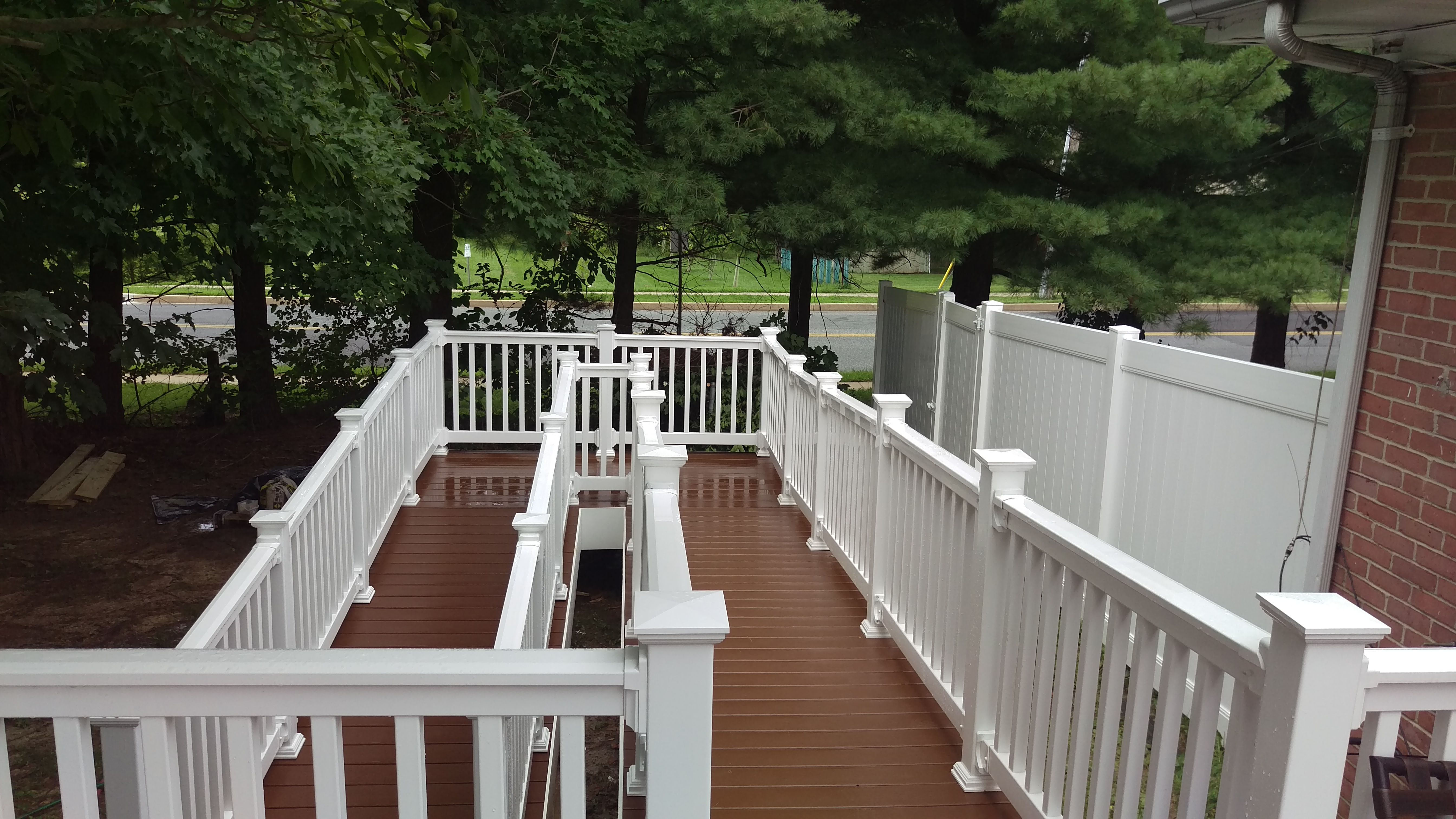 This Ramp And Railing Are Done Using Discounted Vinyl Decking And Vinyl Railing From Great Railing Starting At Only 11 50 Per Foo Deck Photos Deck Dream Deck