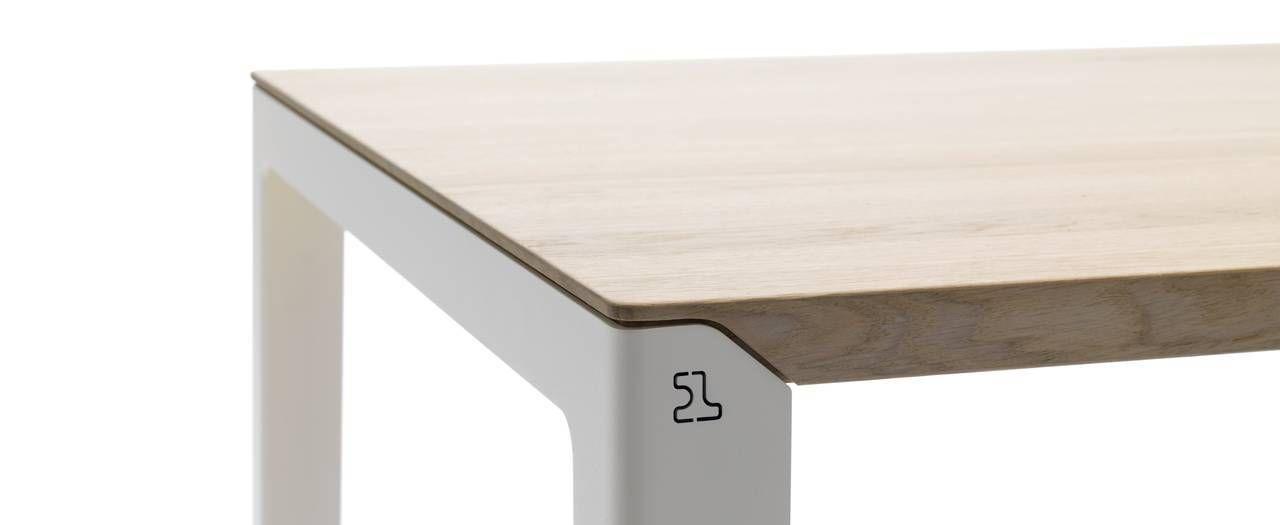 Design eetkamertafel kalia van leolux eettafels for Design eetkamertafel