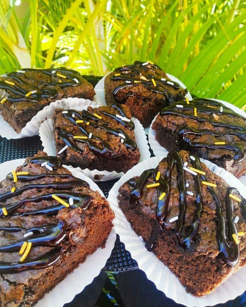 Tenemos los mejores de la -Un cremoso, crujiente y chocolatoso brownie- Escribenos al dm -#chocolate