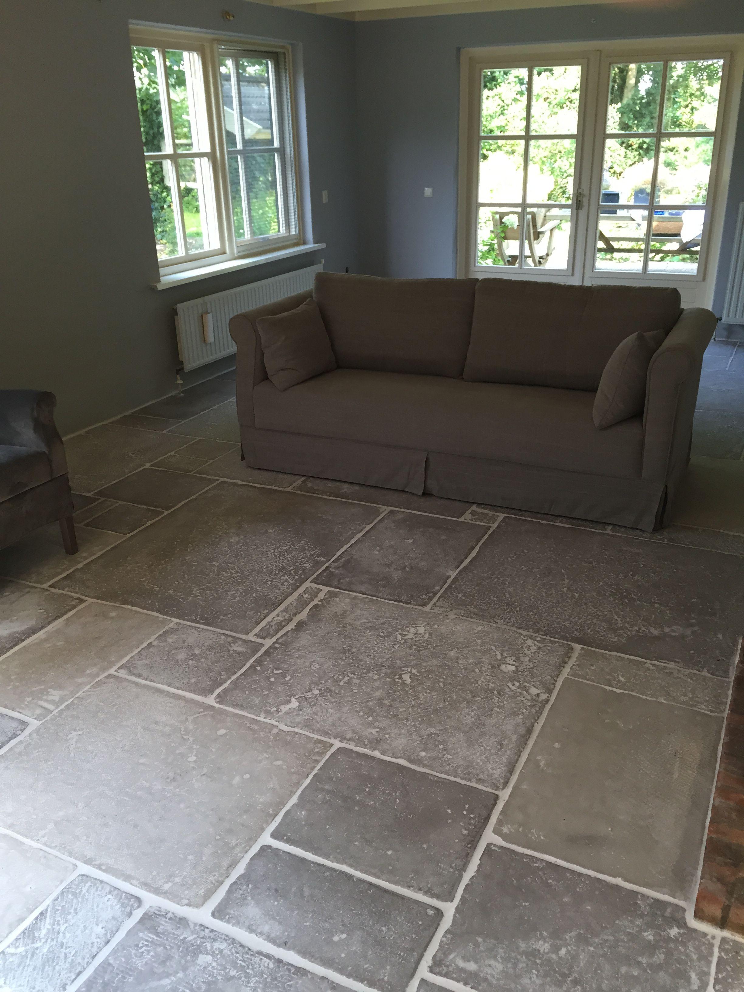 castle stones dallen brown grey. voor meer informatie kijk op onze