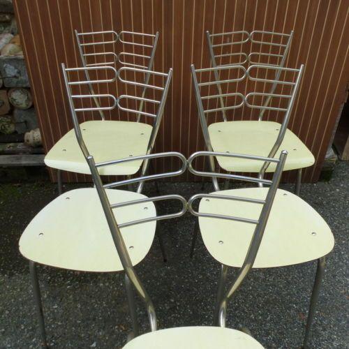 Divani Vintage Anni 60.Quattro Sedie In Formica Anni 60 Vintage Modernariato In Arte E