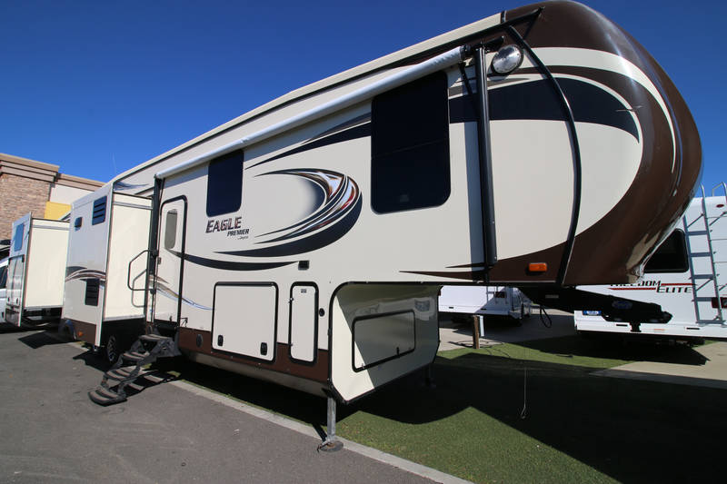 2015 Jayco Eagle Premier 375 Bhfs 5th Wheel Rear Bunk House With Slides This Is The Same Model As Knorp And South On Youtube In 2020 Luxury Rv Jayco Rv For Sale