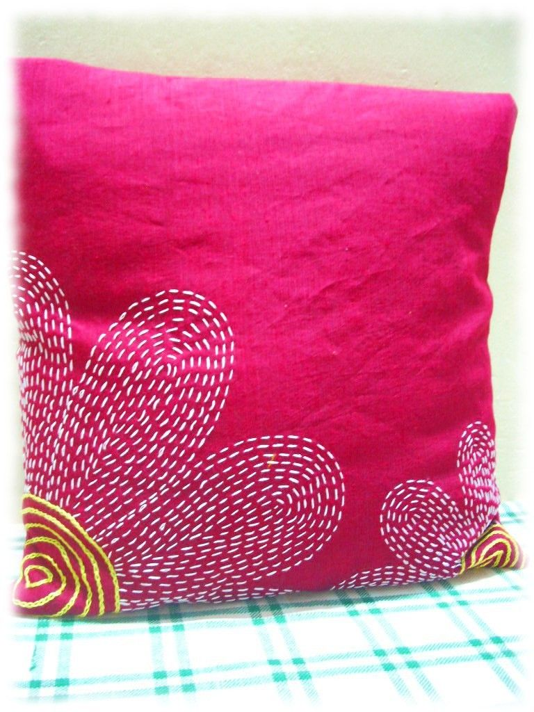 Bed sheet designs hand embroidery - Contemporary Version Of Sashiko Embroidery Pillow Cover With Embroidered Design Hand Embroidery Designs For Bed Sheets