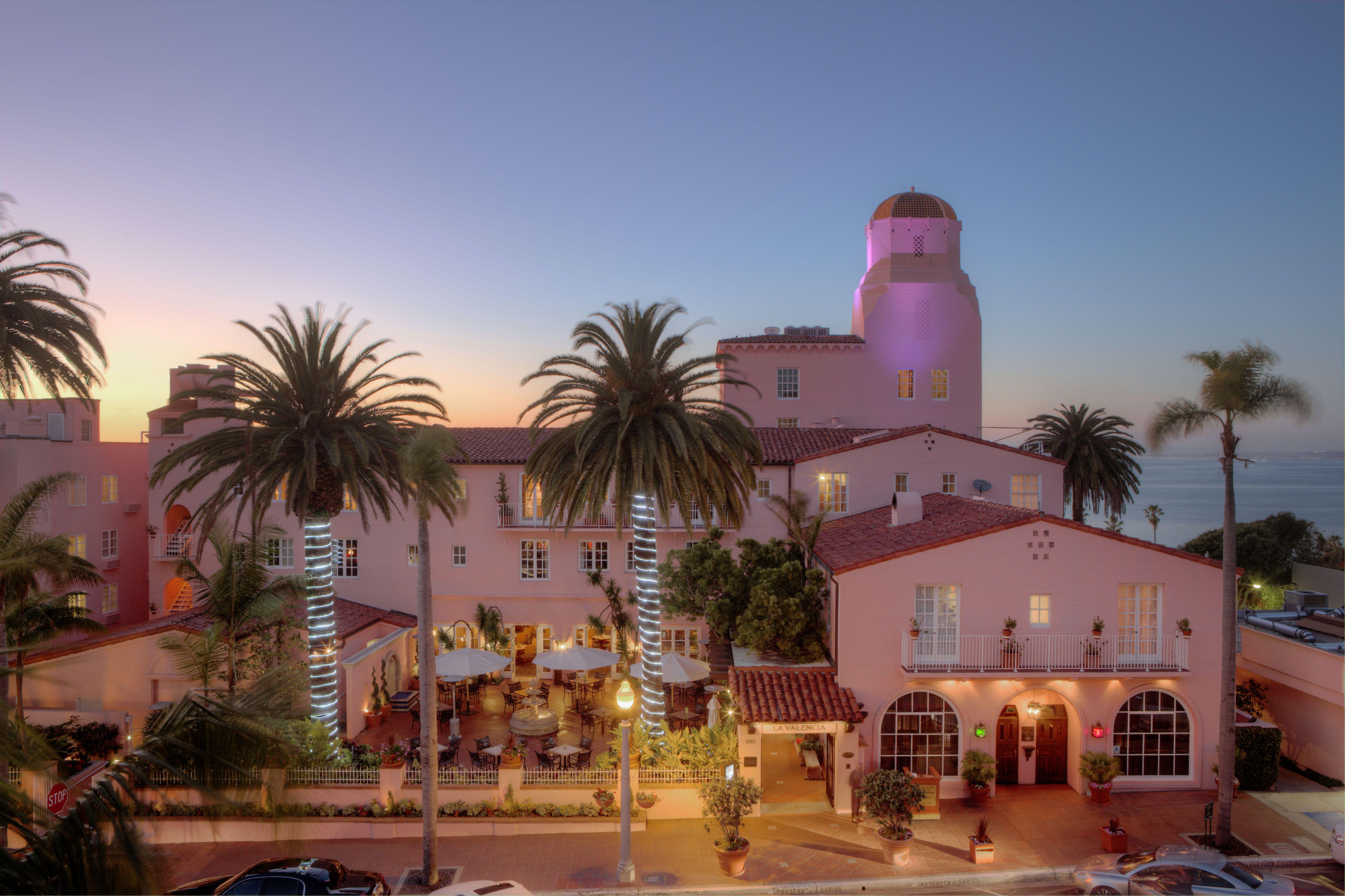 The Pink Lady La Valencia Hotel Jolla Ca Http