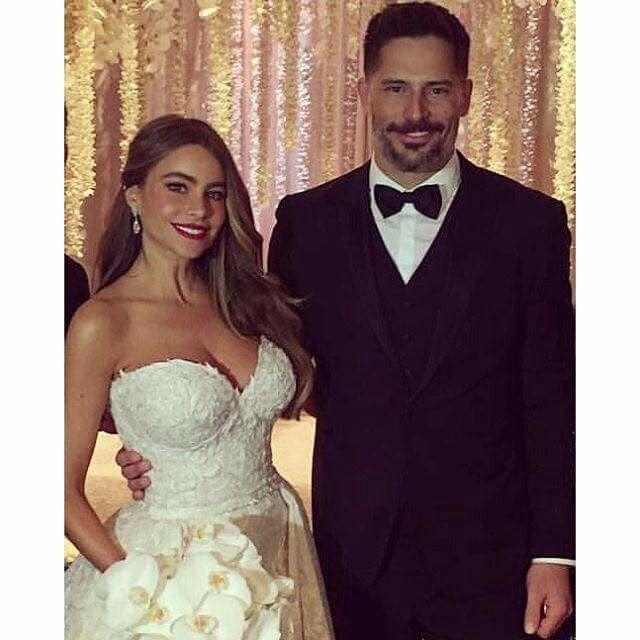 Sophia Vergara And Joe Manganiello Sofia Vergara Wedding Sofia Vergara Style Celebrity Weddings