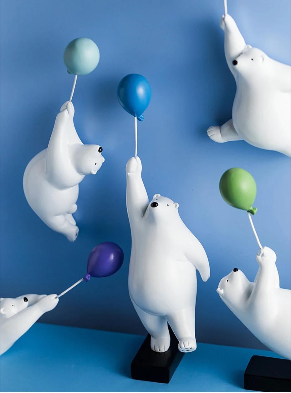 Balloon Polar Bear Sculpture Bear Sculptures Balloons Bear Decor [ 1257 x 930 Pixel ]