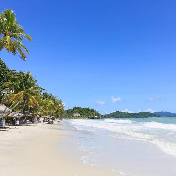 Malaysia Beaches: Cenang Beach, Langkawi Island