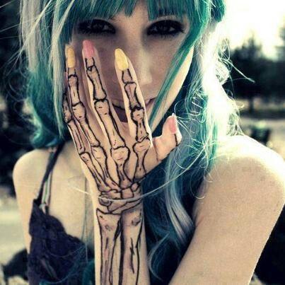 Skeleton Arm Hand Tattoo Skeleton Hand Tattoo Skeleton Tattoos Hand Tattoos For Girls