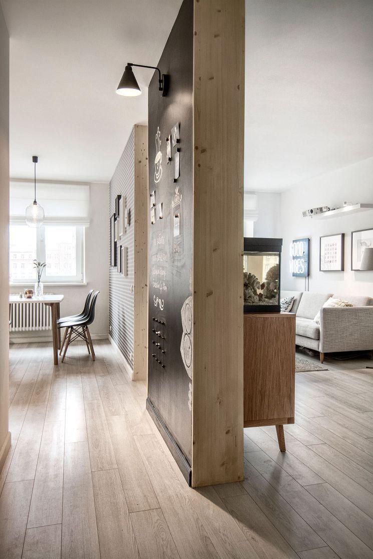Paare Wohnung skandinavisches Design \