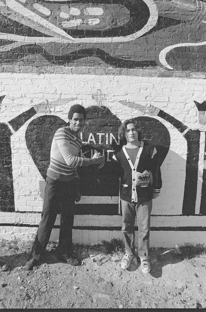 Latin Kings In Chicagos Uptown Neighborhood During The Mid 1970s