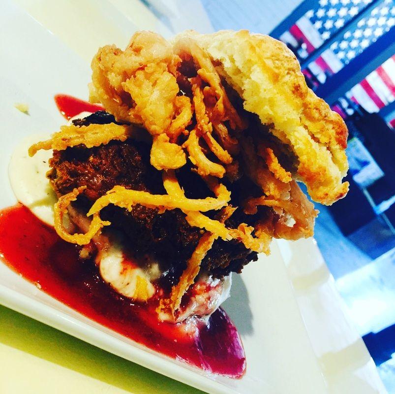 Biskit Junkie Biscuit Burger Restaurant Burger