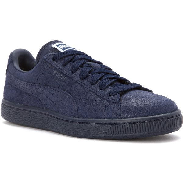 Navy blue shoes, Navy blue sneakers