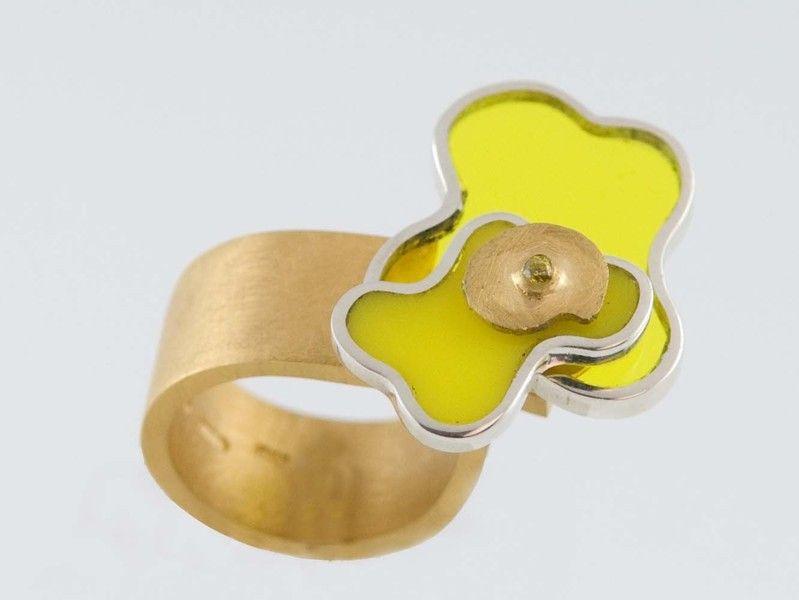 Attimo, anello argento e plexiglas