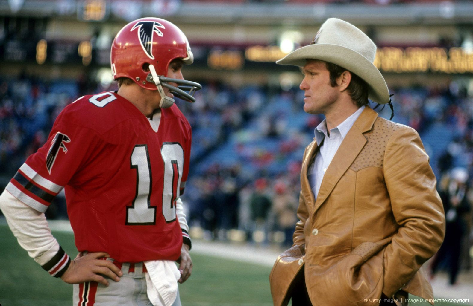 Image Detail For 1980 Nfc Divisional Playoff Game Dallas Cowboys Vs Atlanta Falcons January 4 1981 Football Images Falcons Football Football Helmets