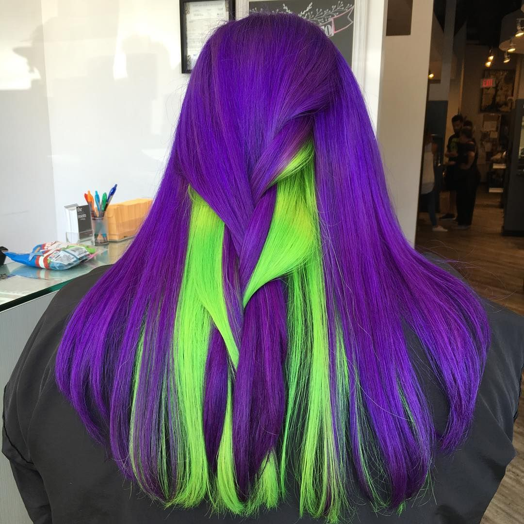 Violet and neon green hair | Neon green hair, Green hair and Neon green