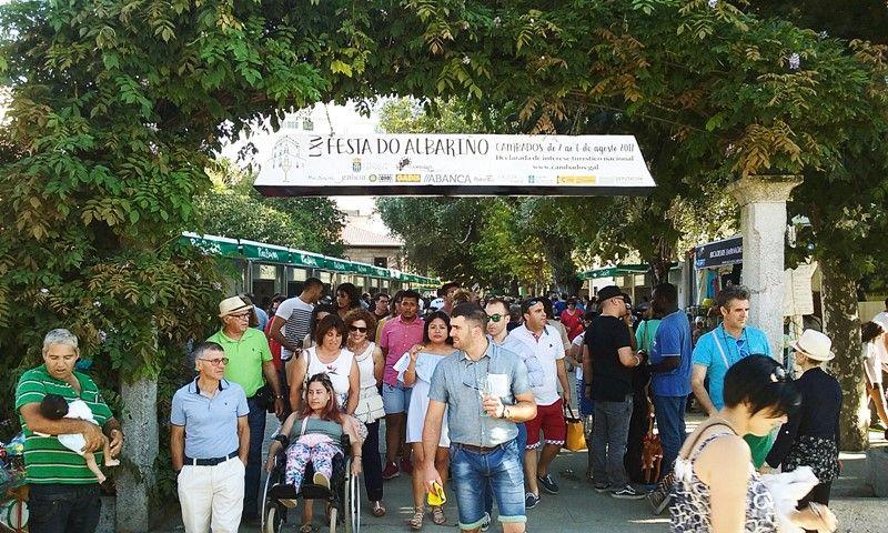 José Coronado Jura Defender El Vino Albariño Rías Baixas Por Encima De Cualquier Otro Vino Albariño Vino Fiesta